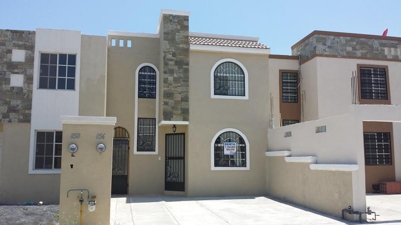 Casa ExHacienda Santa Rosa En Renta, Casa nueva semiamueblada de 2