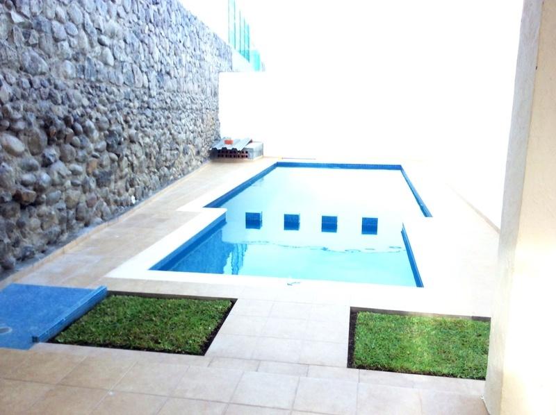 Juegos De Baño Interceramic:Conjunto Pedregal Casas en condominio solo 6 con Alberca y palapa