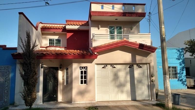 Casa en venta en paseos de los arcos culiacan goplaceit for Inmobiliaria 4 arcos