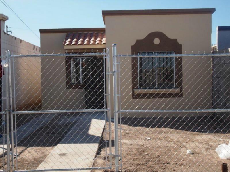 Pictures puertas para cochera rejas casas ventanas auto - Puertas de cochera ...